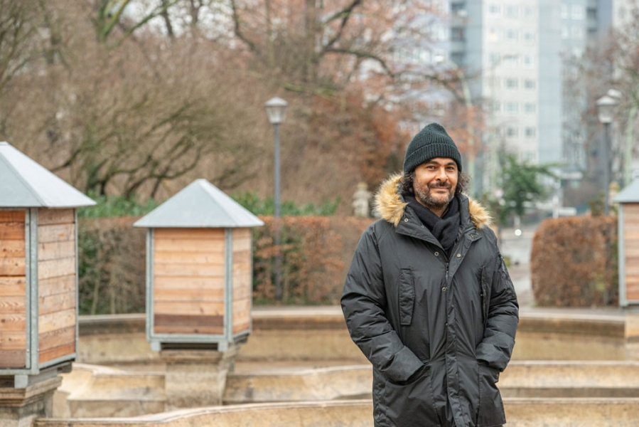 Kader Attia wird Kurator der 12. Berlin Biennale für zeitgenössische Kunst
