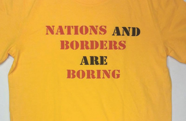 """Performance """"Borders Are Boring and Nations Are Nuts"""" + Katalogvorstellung"""